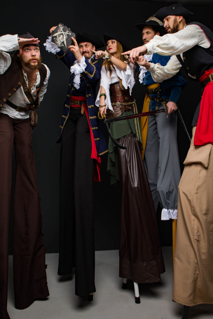 ходулисты пираты в поиске клада